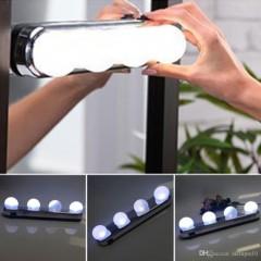 Lampa portabila Studio Glow cu 4 LED si ventuze